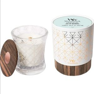Woodwick Aura, Grey Tea-Musk pluswick Candle